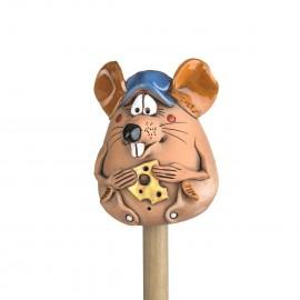 Gartenstecker Maus mit einer Mütze