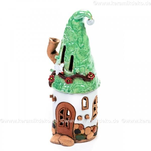 Teelichthaus Nr. 19 - Weißes Zwergenhaus mit grünem Dach. Teelichthalter, Duftstövchen und Räucherhaus