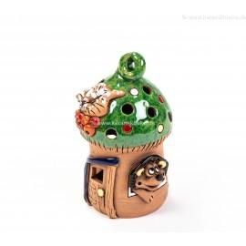 Teelichthaus für Weihnachten mit einem Igel – Größe M