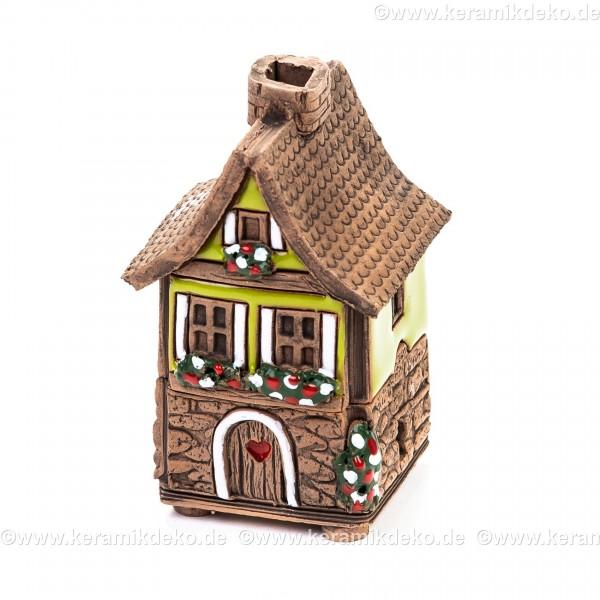 Mini Keramikhaus. Räucherhaus Nr. 3