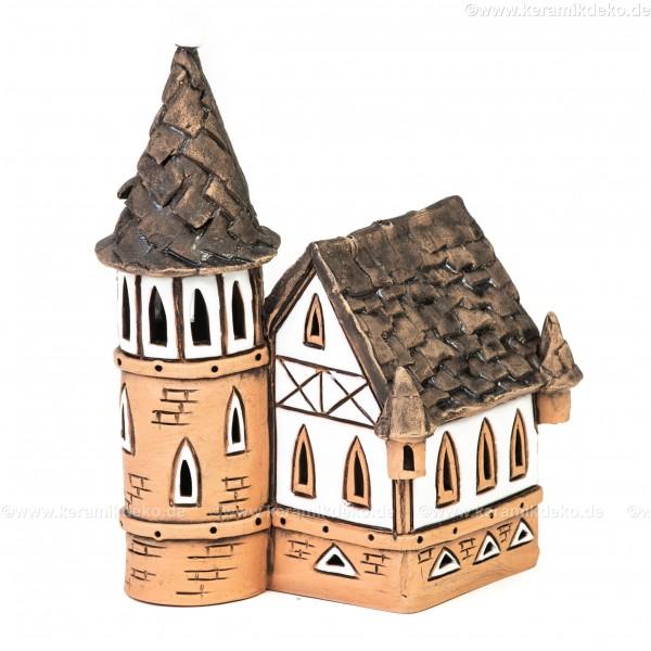 Lichthaus aus Keramik Nr. 24. Altes Fachwerkhaus mit Turm - Teelichthalter, Räucherhaus und Dekohaus