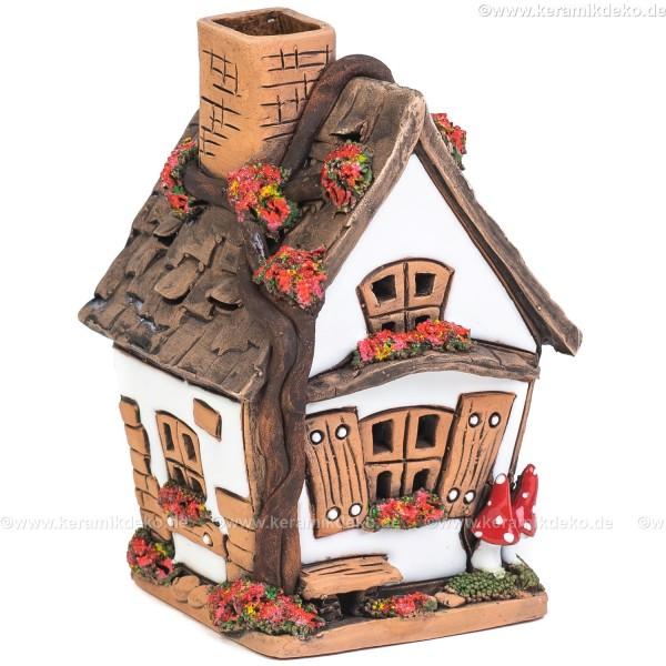 Lichthaus aus Keramik Nr. 29. Forsthaus mit Pilzen - Teelichthalter, Räucherhaus und Aromalampe