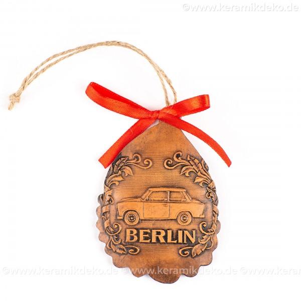 Berlin - Trabant - Weihnachtsmann-form, braun, handgefertigte Keramik, Baumschmuck zu Weihnachten