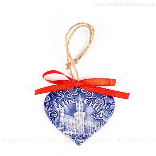 München - Neues Rathaus - Herzform, blau, handgefertigte Keramik, Weihnachtsbaum-Hänger