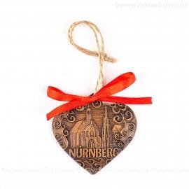 Nürnberg - Schöner Brunnen - Herzform, braun, handgefertigte Keramik, Weihnachtsbaum-Hänger